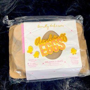 Beauty Bakerie's Blending Egg Beauty Sponges NWT